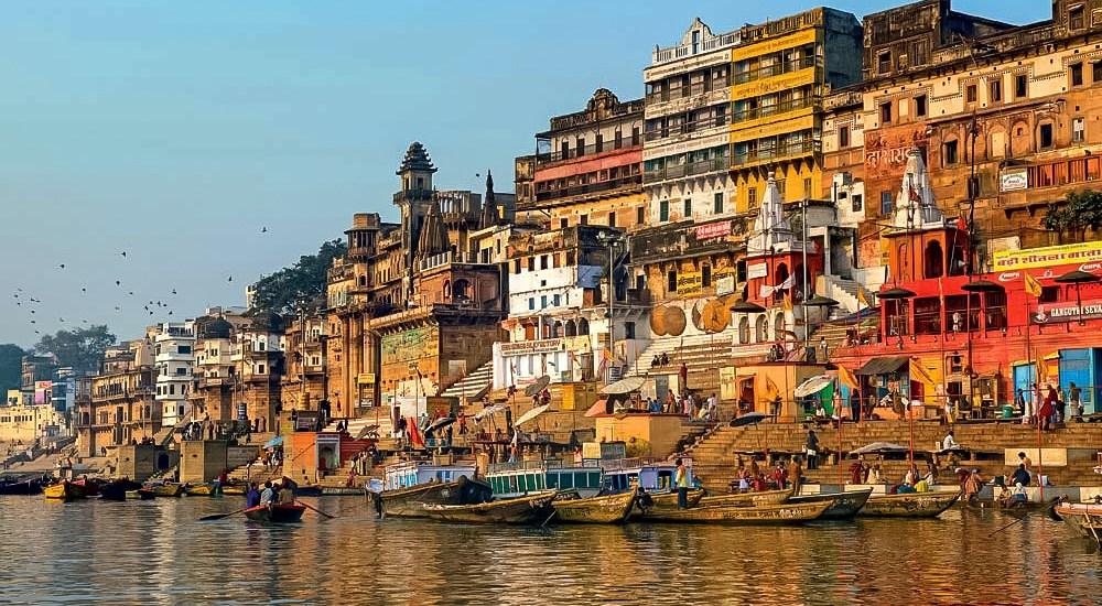 10 Reasons Why Everyone Should Travel India