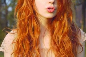 5 Dazzling Long Red Hairstyles