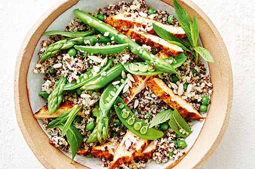 Healthy Spicy Chicken Quinoa Salad