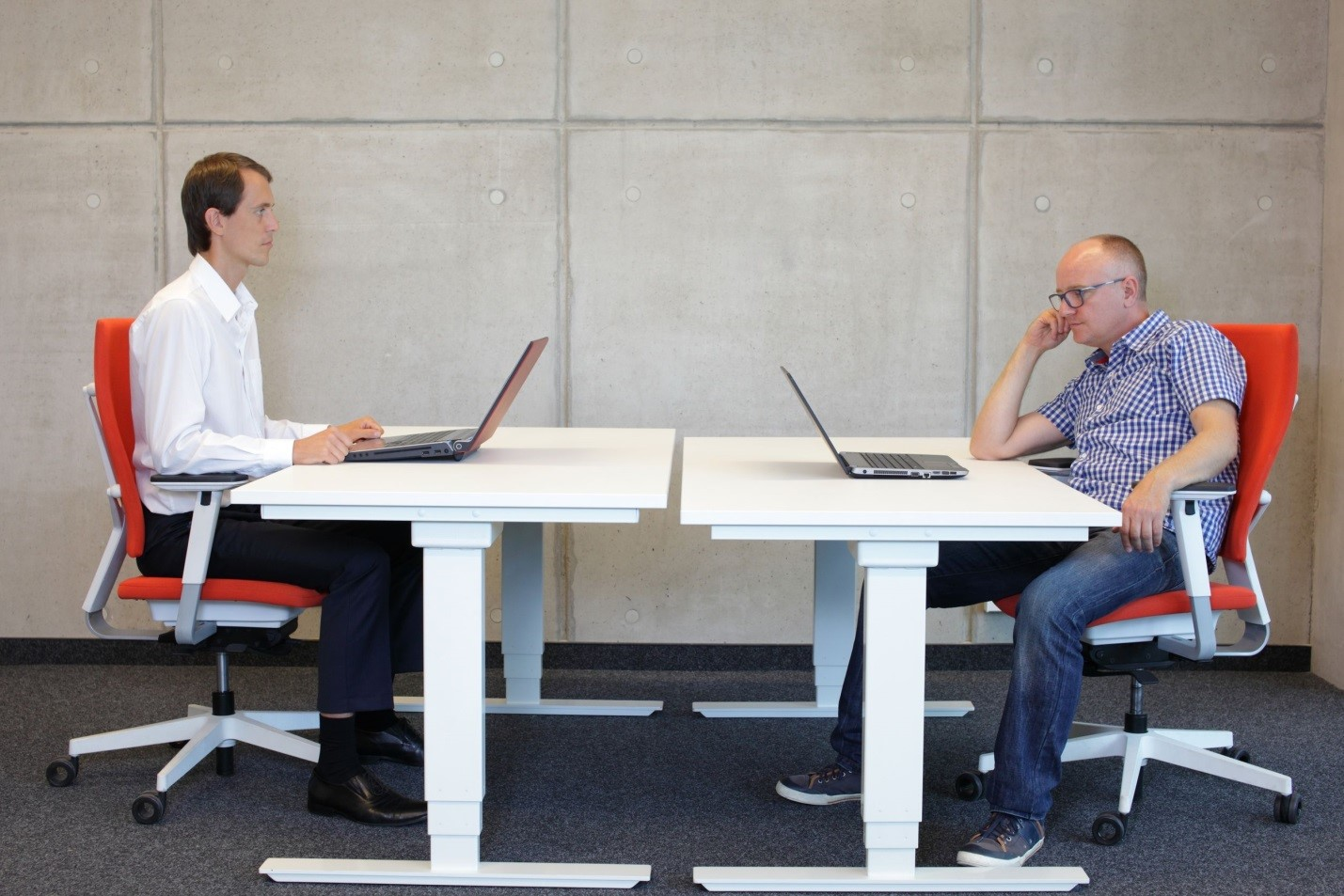 posture promoting chair hanging very the truths and myths about office ergonomics