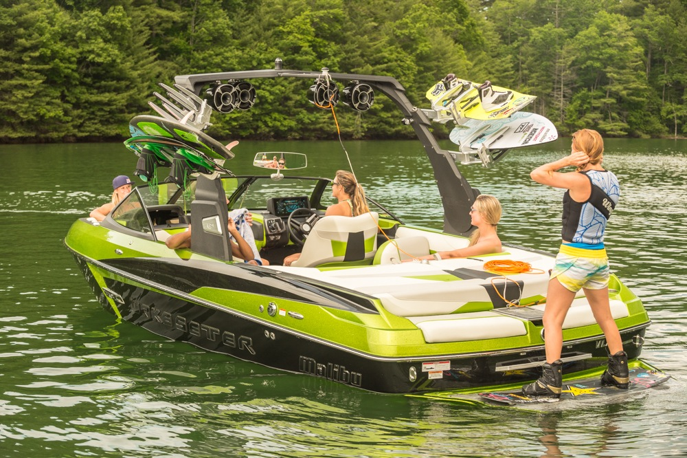 Wake Up Girls Wallpaper Malibu Introduces The All New Wakesetter 22 Vlx For 2015