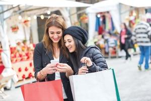 E-Commerce-filles-shopping-article