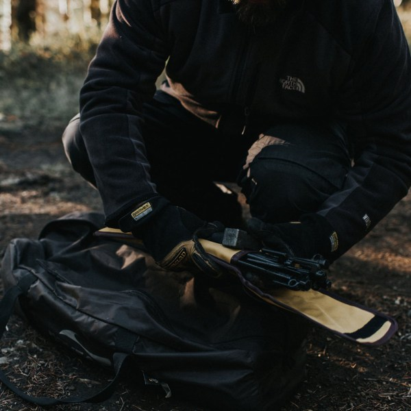 Peg and Hammer Carry Bag 02 :: Allied Expedition