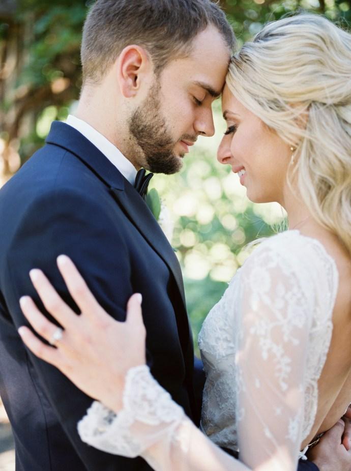 alliejenningsphotography-hamilton-wedding-photographer-fine-art-royal-botanical-gardens-wedding-64