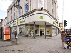 Oxfam 2 4 High Street London Charity Shops Near St