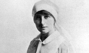Vera Brittain, VAD, ca 1916
