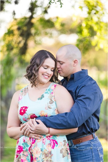 oak valley vineyard bluebonnet engagement session_0002