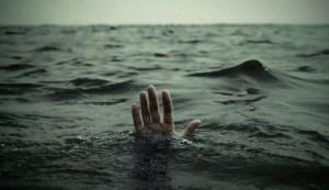 Teen Hand-Drowning-665x385