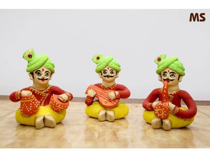 Terracotta Set of Three Musical Men (Height: 6 Inch, Width: 4 Inch)