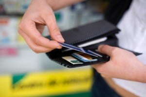 Seven Signs That Your Credit Cards Are Pointing You Towards Bankruptcy