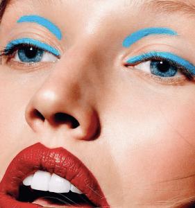 model crazy eyeliner beauty