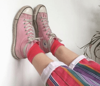 pinky old sneakers