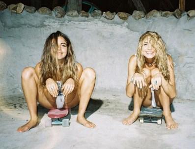sandy beach girls