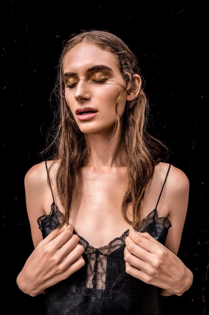 Model-Maison_Noam-Frost-by-Cybele-Malinowski-10-1200x1800