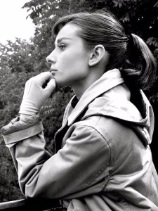 Audrey Hepburn POnytail