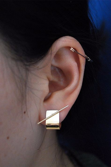 safety pin earring, statement earring, fashion trends, 2017 fashion trends,