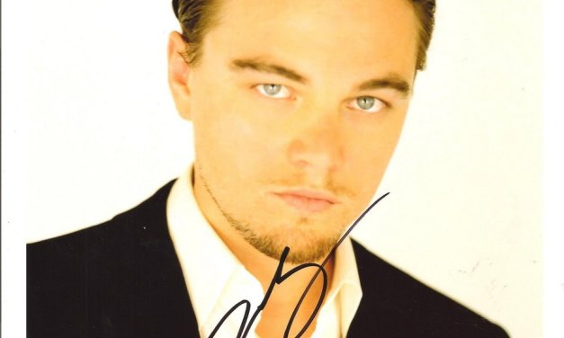 Leonardo DiCaprio Autographed colour 8×10 with Certificate of Authenticity