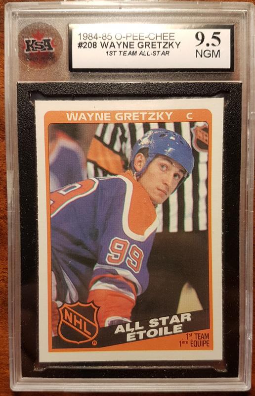 Wayne Gretzky front of card encapsulated