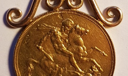 Great Britain 1887 Victoria Golden Jubilee Gold Sovereign in original mount