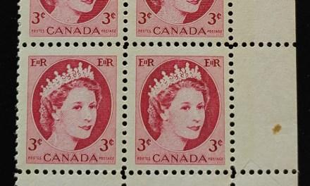 Canada #339 Never Hinged Dramatic Pre-printing Foldover error Pl Blk