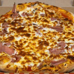 Pizza (base sauce tomate)