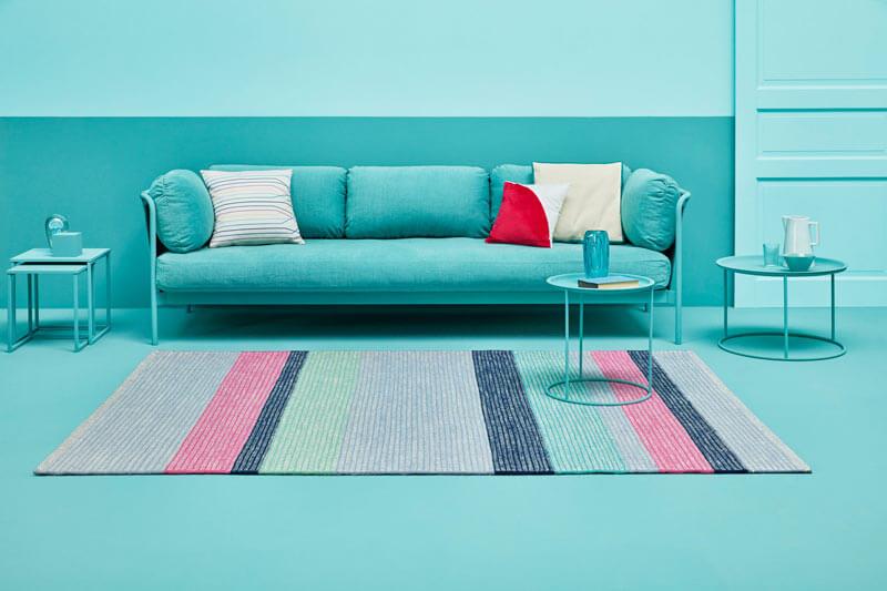tapis de salon coloré
