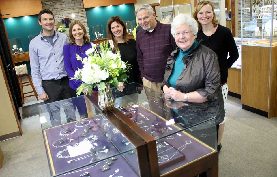 In 30th Year Wolf Wilde Doubles Jewelry Store Size