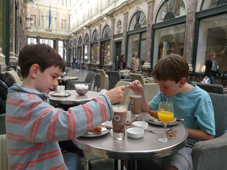 Hot chocolate in Brussels with kids