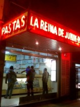 At La Reina Junin pasta shop, the vintage machines make fresh pasta daily.