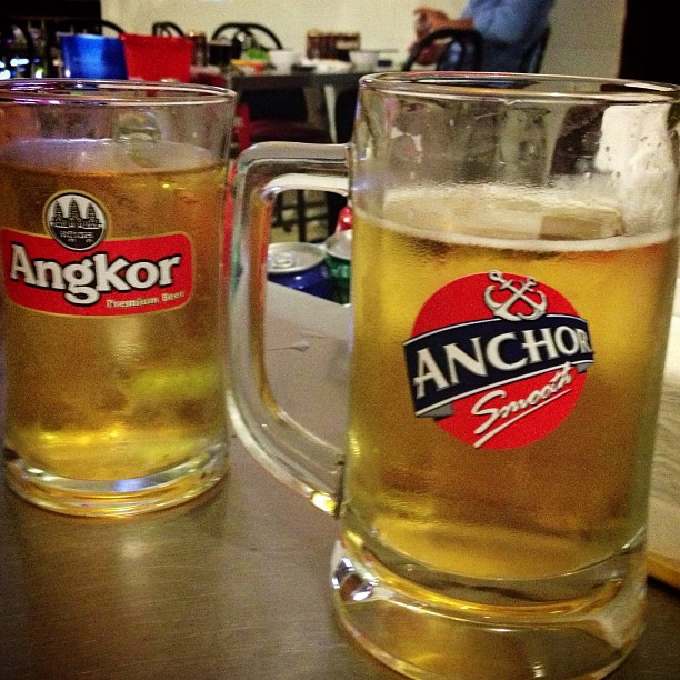 Does it strike anyone, especially my IP-minded friends, that the two major beers in Phnom Penh are Angkor and Anchor, and their logos use the same colors?