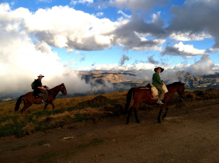 Horse ride in Ecuador's cloud forest