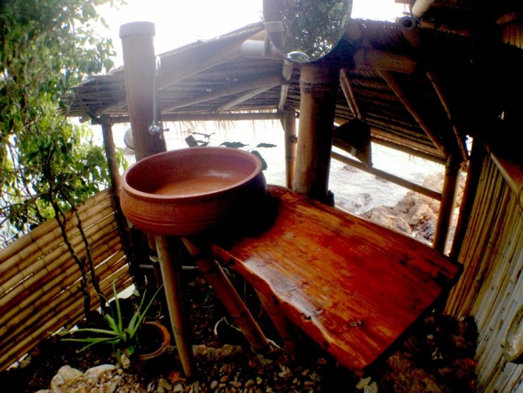 The treehouse bathroom at Freedom Hotel on Koh Jum, Thailand