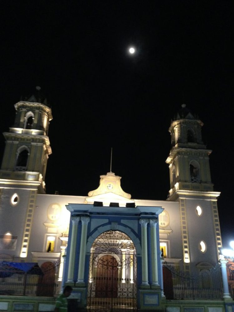 The full moon rises over the Catedral in Cordoba, just as it has done every cycle since 1688.