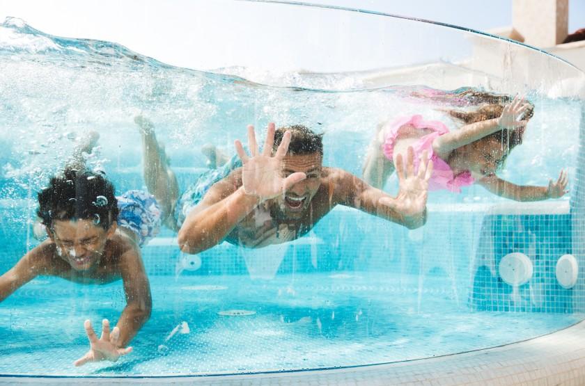 amenager une piscine en verre une
