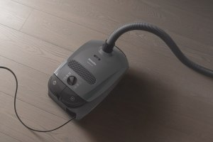 Miele C1 Pure Suctions canister vacuum cleaner