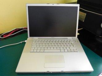 MacBook Pro Schermo nero