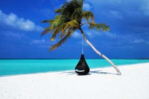 maldives-3220702_640