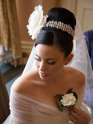 The 8 Best Bridal Wedding Hairstyles
