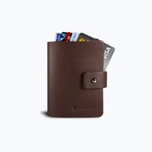 กระเป๋าใส่บัตร สมุดใส่บัตร หนังแท้ Leather Bi-fold Card Cover - สีน้ำตาล