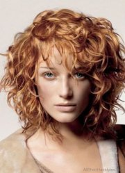 top class short curly hairstyle