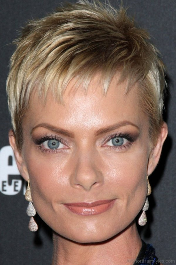 30 Long Blonde Hairstyles For Women Spiky Hairstyles Ideas Walk