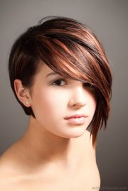 colored short emo hairstyles