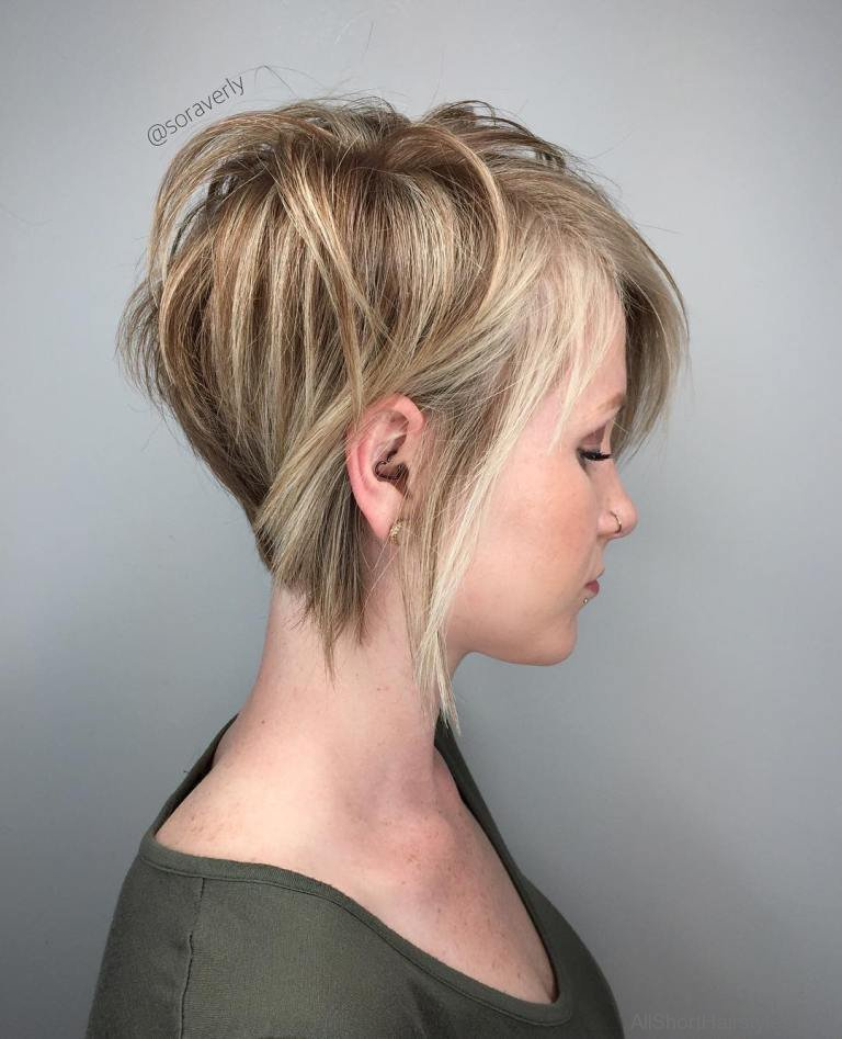 40 East Short Layered Hairstyles