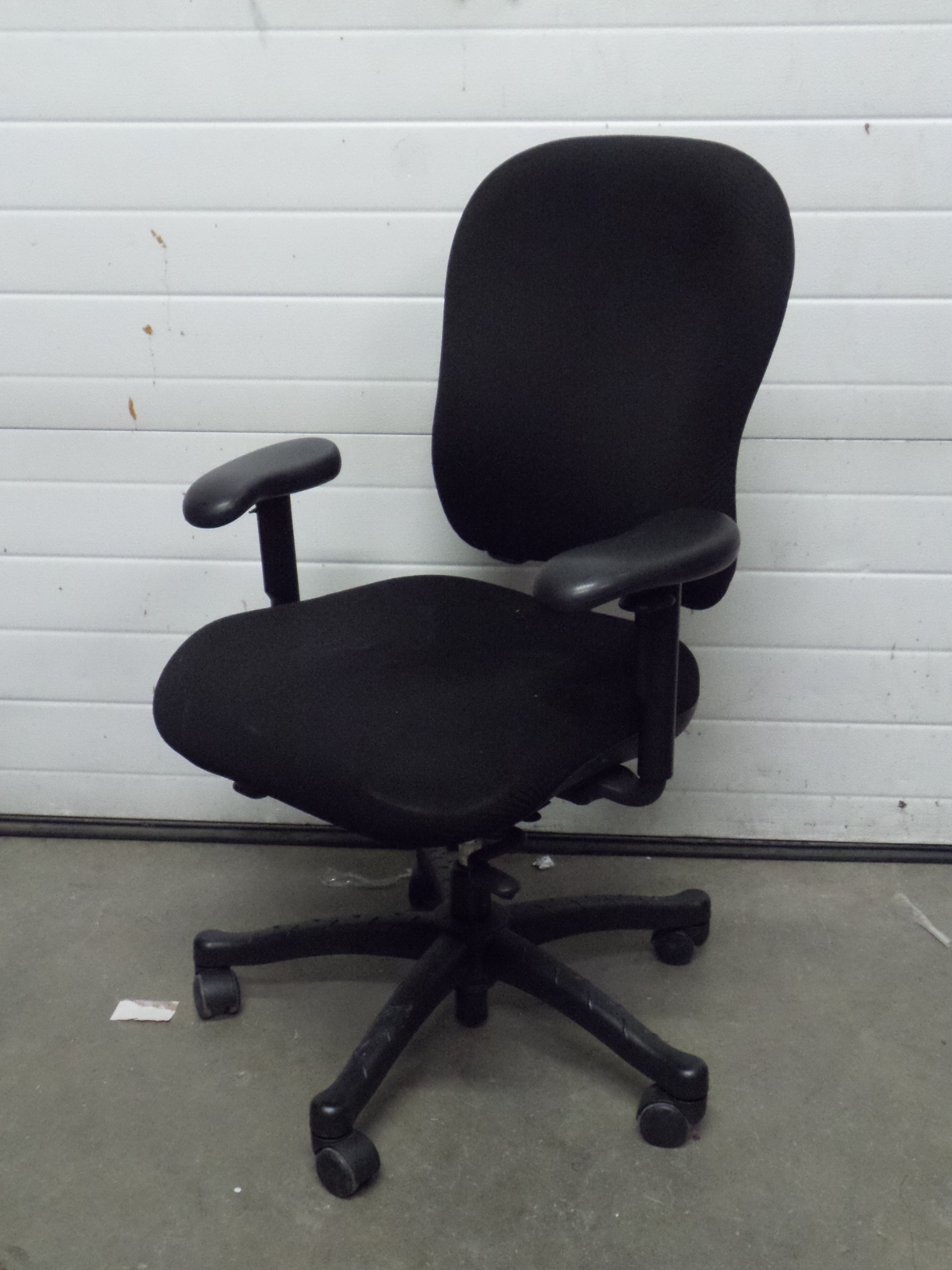 rolling chair accessories in chennai plastic chairs cape town knoll 2000 black high back adjustable task