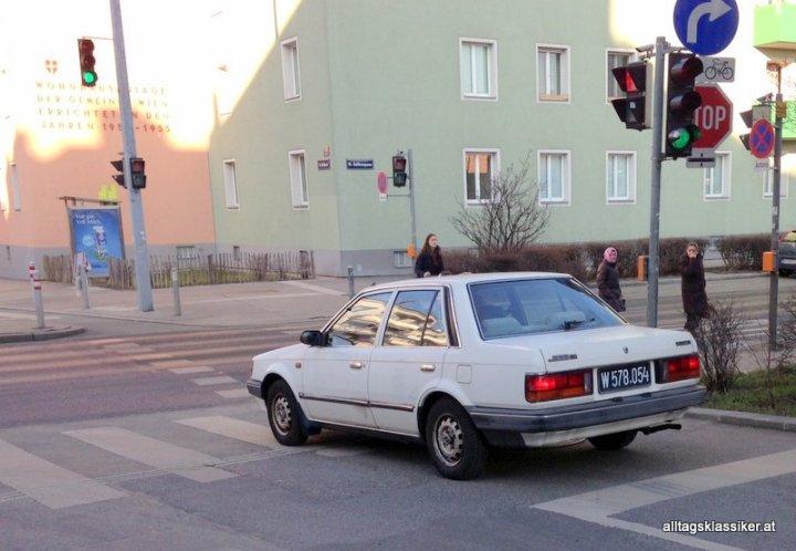 mazda-323-bf-sedan