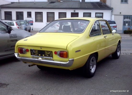 mazda-1300-coupe (3)
