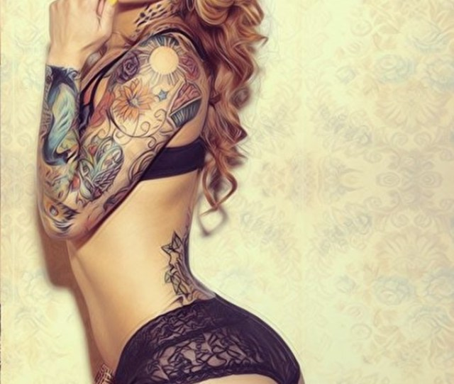 Hot Women With Tattoos