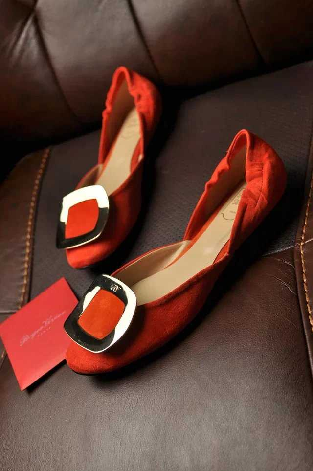 roger-vivier-flats-ballerinas-with-square-buckle-red_3