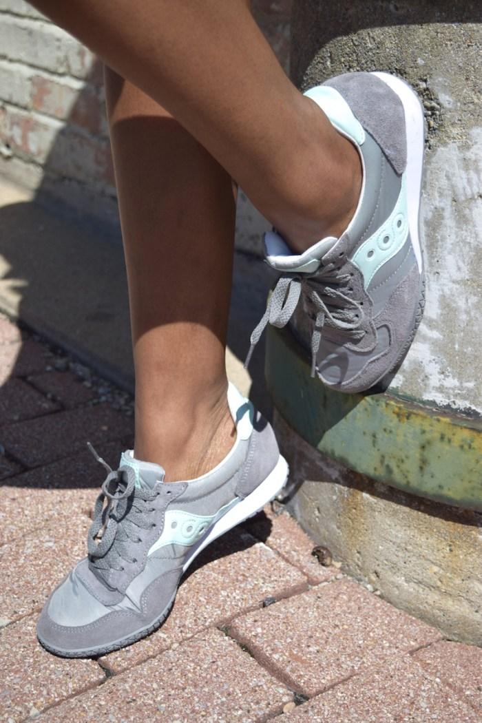 grey_mint_saucony_gym_shoes