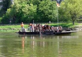 Donauüberquerung mit der Seilfähre beim Kloster Weltenburg